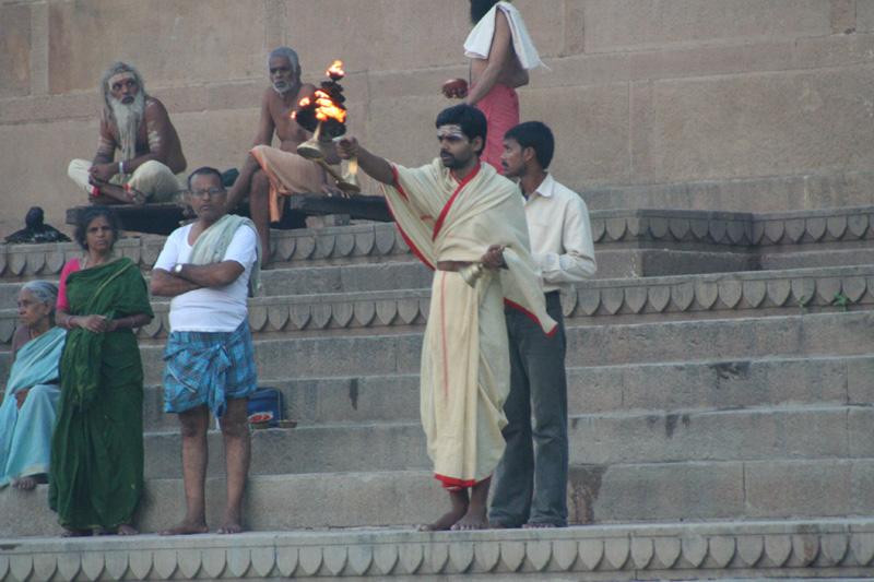 Friday Oct 14, 2005 - day 15 - Varanasi - Kathy: 141 photos